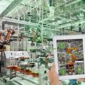 Die Möglichkeiten zur visuellen Darstellung mit Augmented Reality reichen von Wohnraumgestaltung, über maschinelle Abläufe bis hin zu kompletten Produktionsanlagen (Bild: zVg)