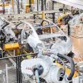 Industrie-Roboter sind im Vormarsch (Bild: ABB)
