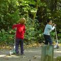 Kinder mit GPS-Tracker lassen sich immer finden (Foto: Pixabay)