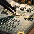 Die Uni Basel forscht am Silikon-basierten Quantencomputer (Bild: Uni Basel)
