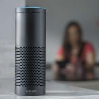 Digitale Sprachassistenten wie etwa Amazon Echo profitieren stark vom maschinellen Lernen (Bild: Amazon)