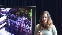 Petra Ehmann erläutert bei Google in Zürich die AR-Funktionen von Google Maps (Foto: Jil-Nora Herrmann)