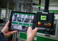 Industrie 4.0: Die Automatisierung schreitet voran (Bild: SE)
