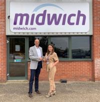 Fabien Moine, Head of Sales & Marketing Roomz und Claire Coogan, Divisional Manager bei Midwich (Bild: zVg)